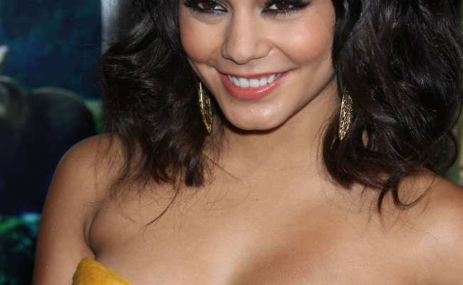 49 Sexy Vanessa Hudgens Boobs Pictures Will Make Your