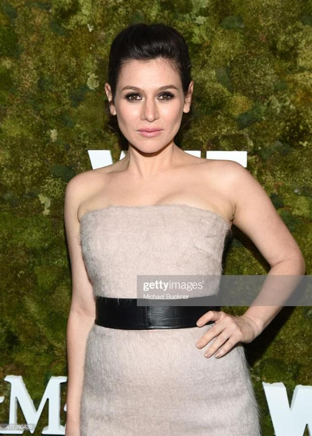 Yael Stone sexy busty pictures