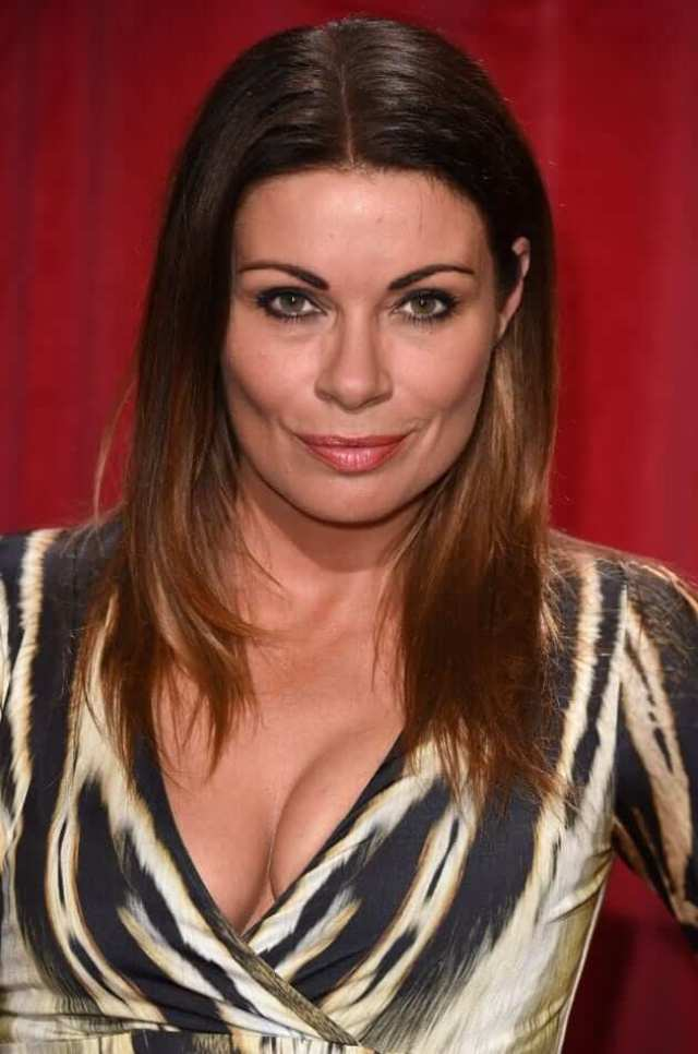 alison king cleavage pics