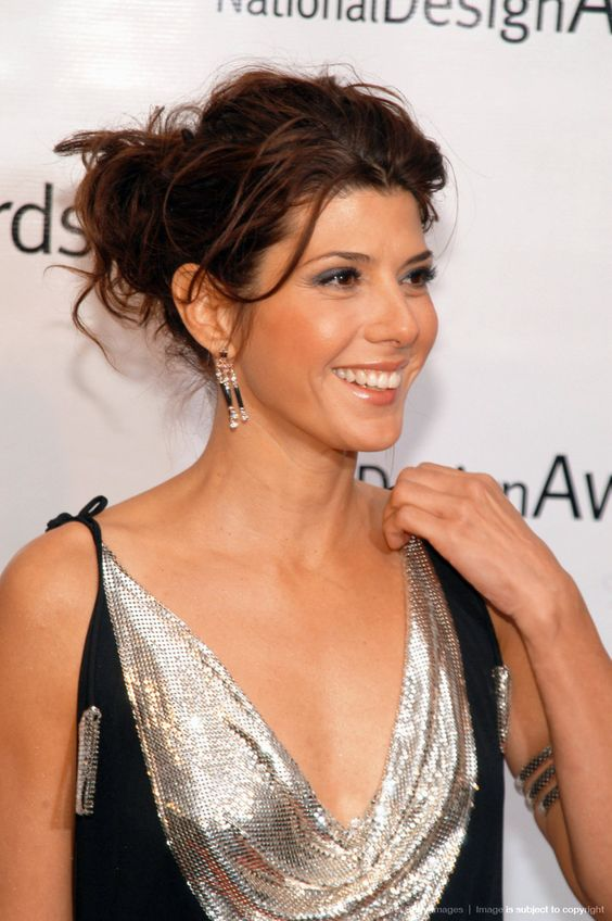 marisa tomei sexy cleavage pic (3)