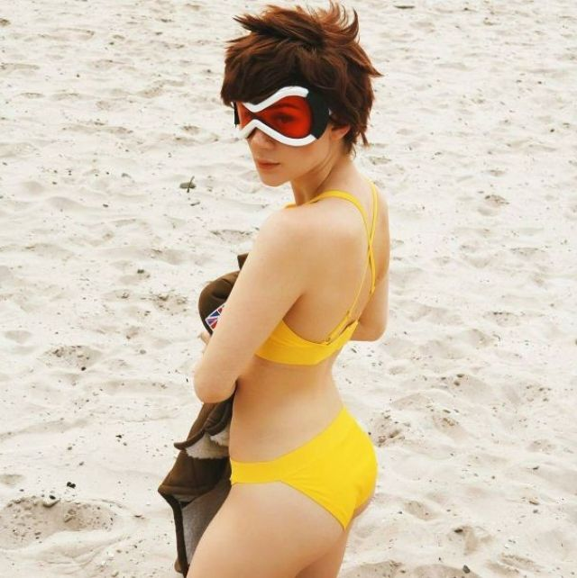 tracer big ass pictures