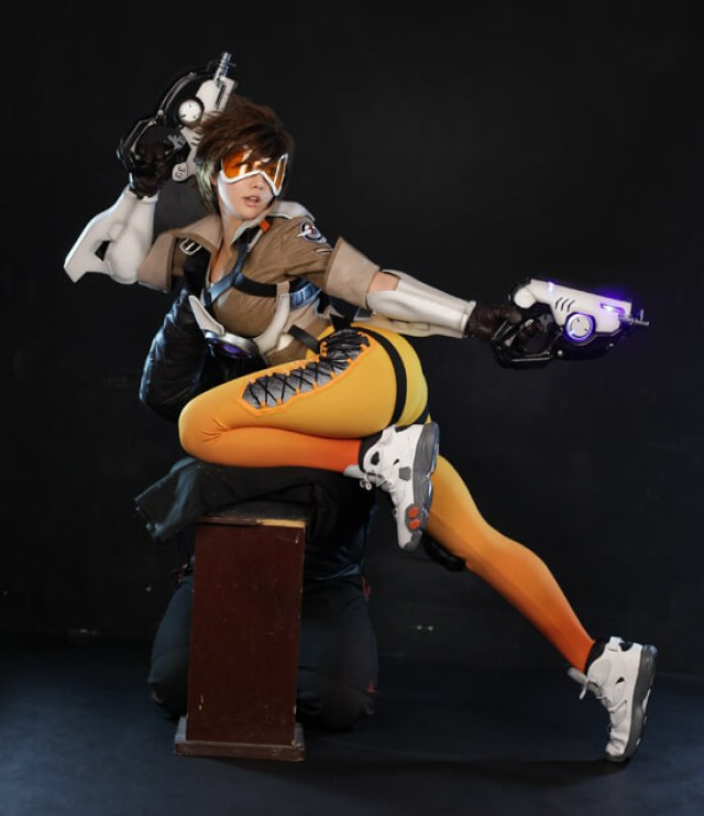 tracer thighs pics