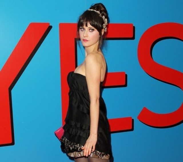 zooey deschanel hot side pics