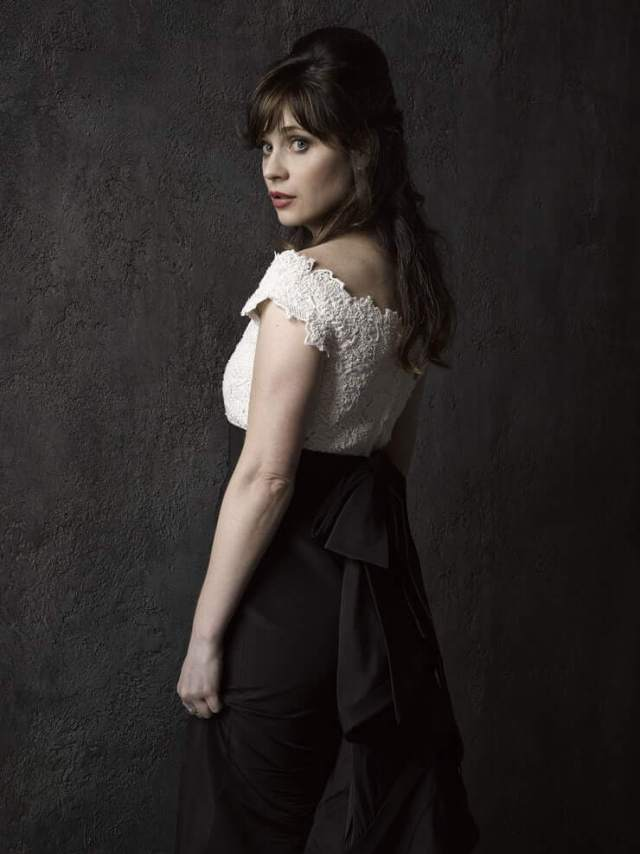 zooey deschanel sexy thighs