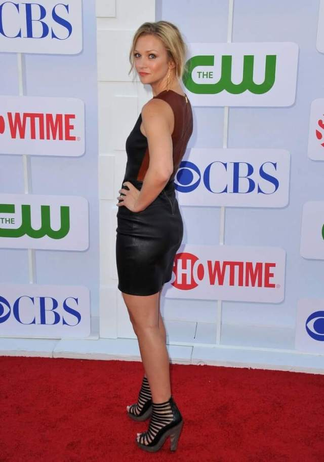 A.J. Cook booty (2)