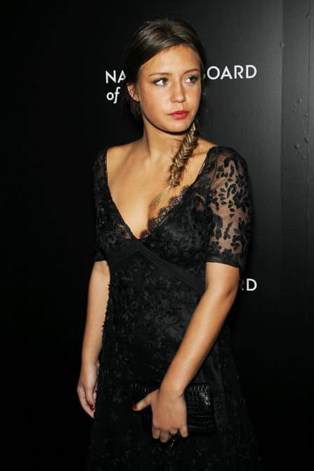 Adèle Exarchopoulos hot cleavage picture