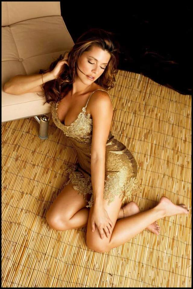 Alicia Machado hot feets