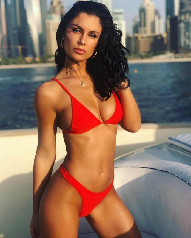 Cally Jane sexy red bikini pictures (2)