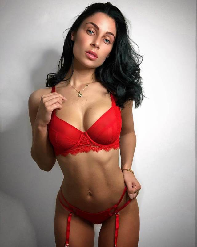 Cally Jane sexy red bikini pictures (5)