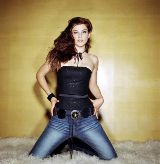 Chyler-Leigh sexy pic
