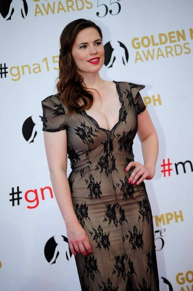 Hayley Atwell hot boobs pictures