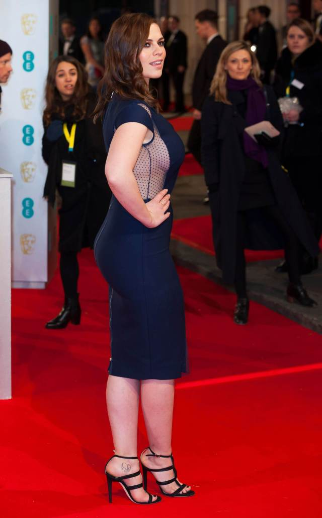 Hayley Atwell sexy butt pics