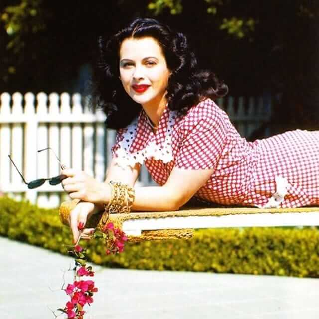Hedy Lamarr sexy photo