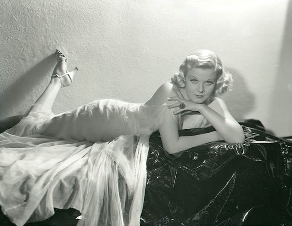 Jean Harlow ass pic (2)