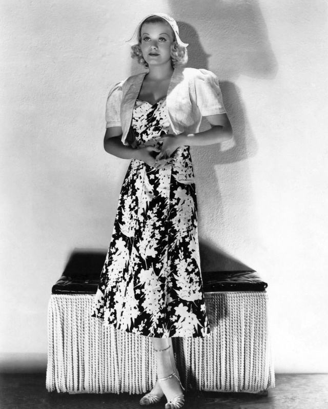 49 Hot Pictures Of Jean Harlow Are Here To Keep You Cool, All Day Long |  Best Of Comic Books