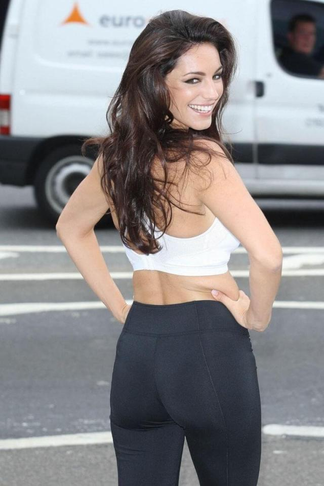 Kelly Brook awesome pics (2)