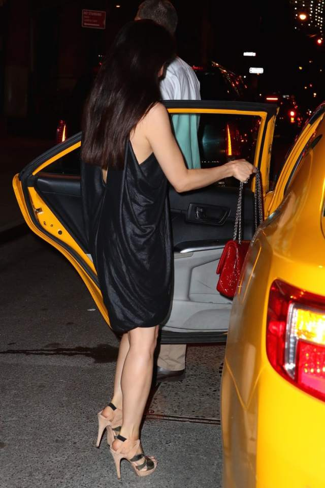 Lucy Liu hot ass pictures