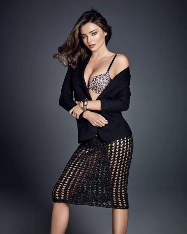 Miranda Kerr sexy boobs pictures (11)