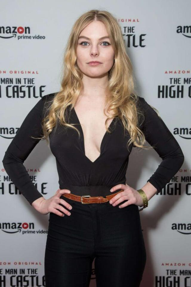 Nell Hudson cleavage pics