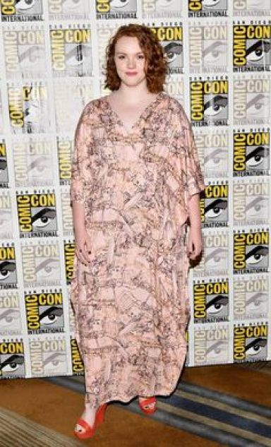 Shannon Purser awesome dress pic