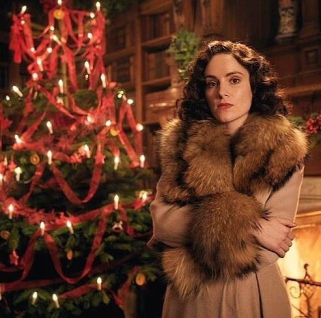 Sophie Rundle hot pictures