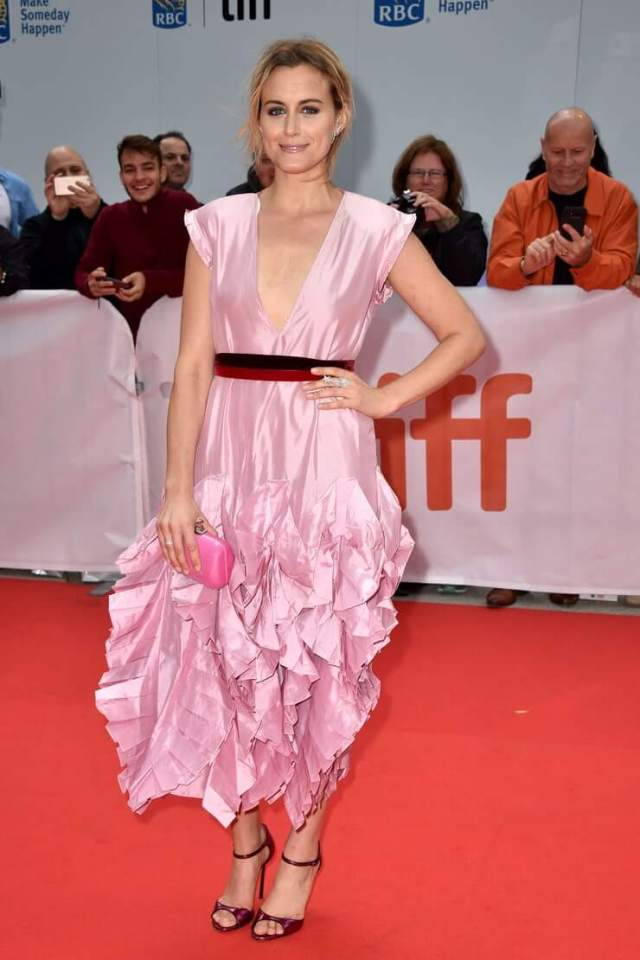 Taylor Schilling hot pictures (2)
