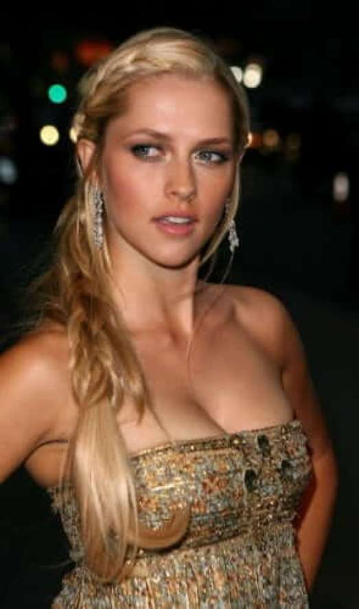Teresa palmer sexy look pictures (2)
