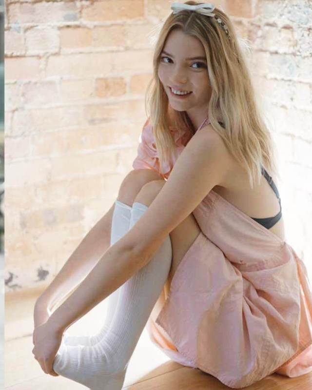 anya taylor joy awesome pictures (3)