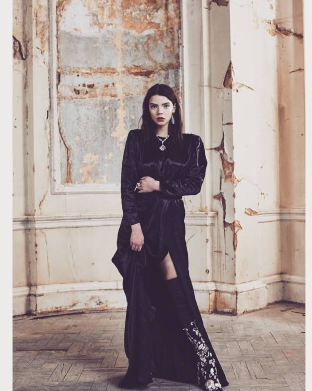 anya taylor joy awesome pictures (5)
