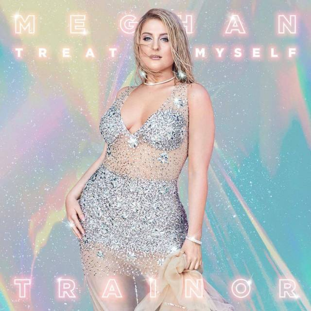 meghan trainor pose (1)