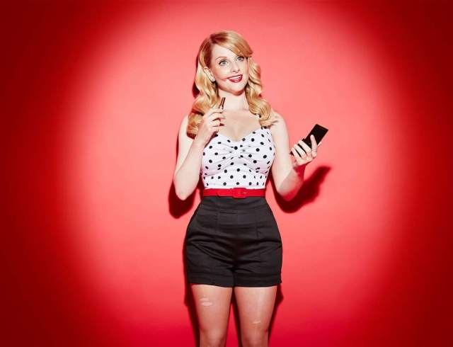melissa rauch sezy pictures