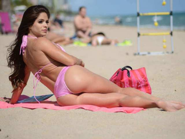 michelle-lewin-ass-image-