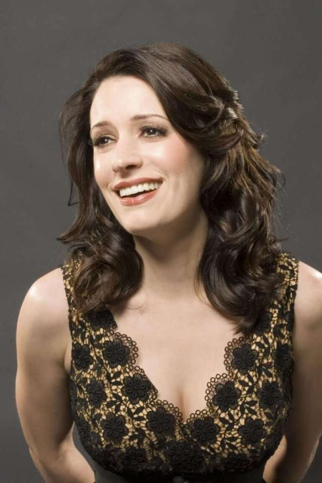 paget-brewster-gorgeous