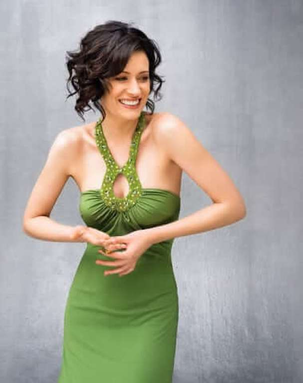 paget-brewster-sexy-pictures