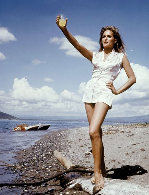 ursula-andress awesome pictures