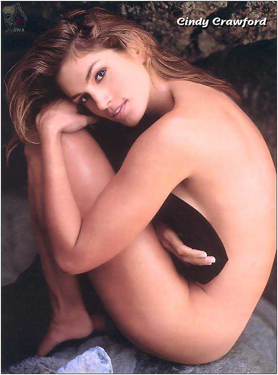 Cindy Crawford sexy cleavage (1)