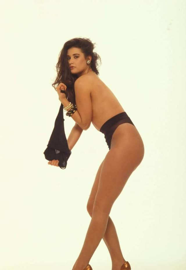 Demi Moore sexy topless
