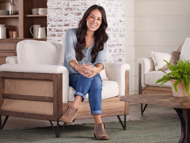 30 Sexy Joanna Gaines Feet Pictures Are Too Much For You To Handle Best Of Comic Books