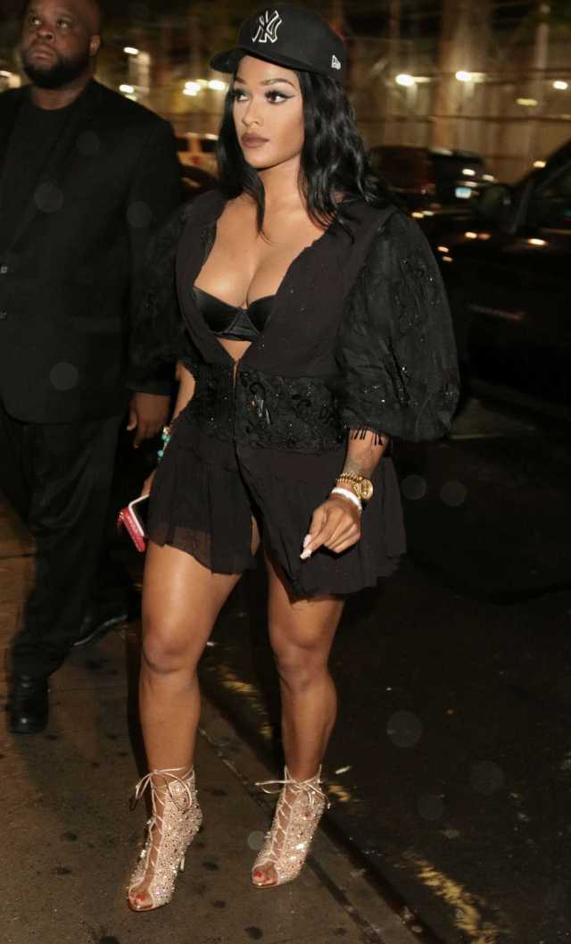 Joseline Hernandez sexy thigh pictures