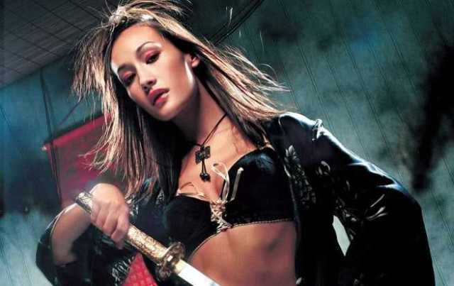 Maggie Q sexy cleavage pics (3)