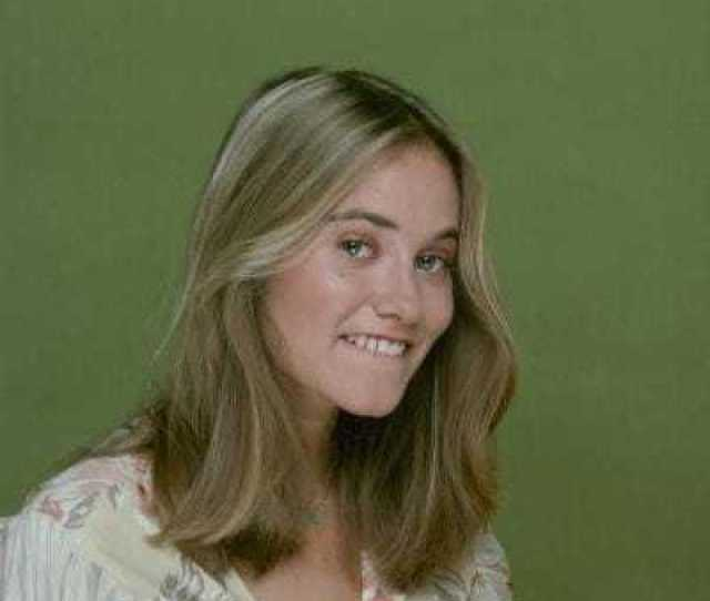 Hot Pictures Of Maureen Mccormick That Will Make Your Heart