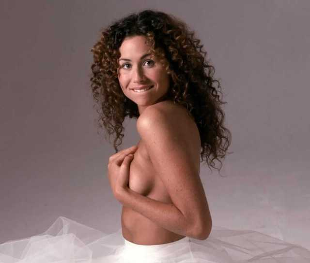 Minnie Driver Hot Pictures Will Drive You Nuts For Her