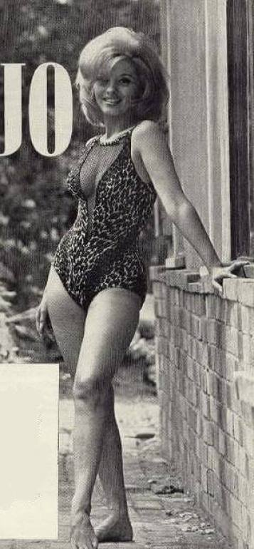 Nancy Kovack legs