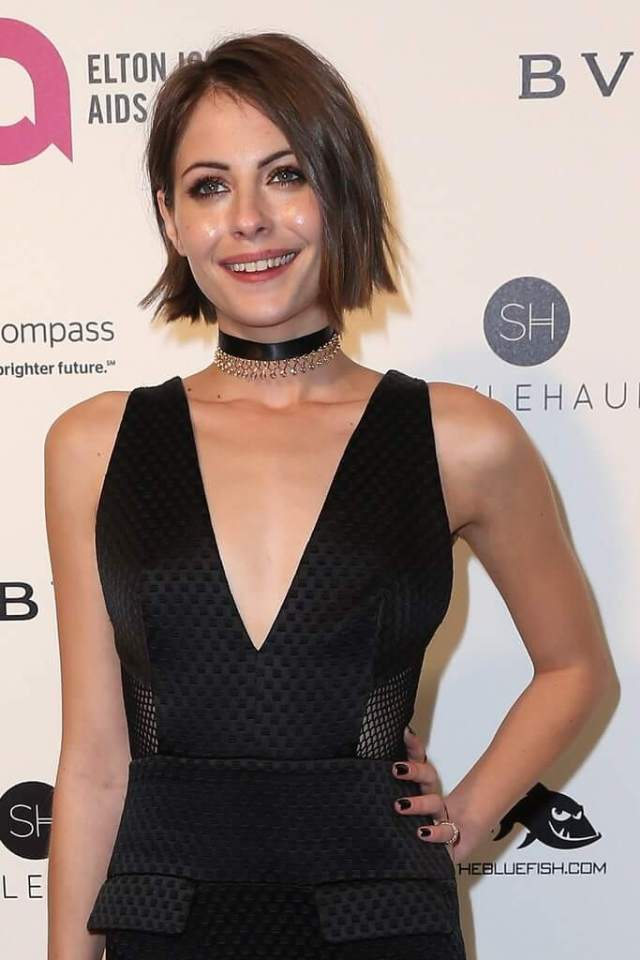 Willa Holland cleavage pictures