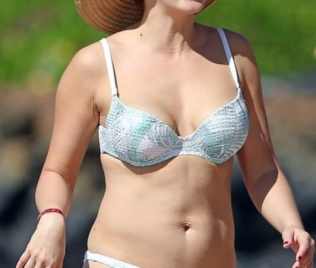 Hottest Jodie Sweetin Bikini Pictures Which Are Stunningly