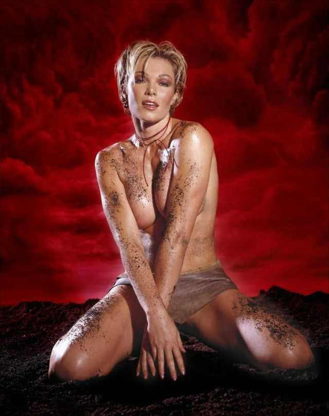 Nell McAndrew topless pictures