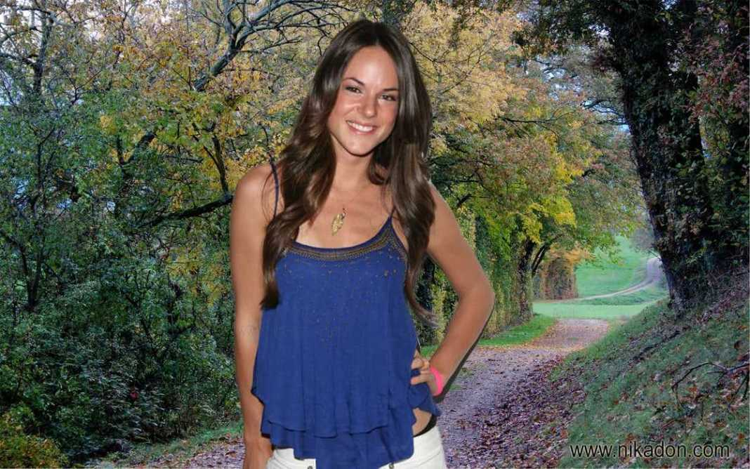 39 Hot Pictures Of Sarah Butler Which Will Make You