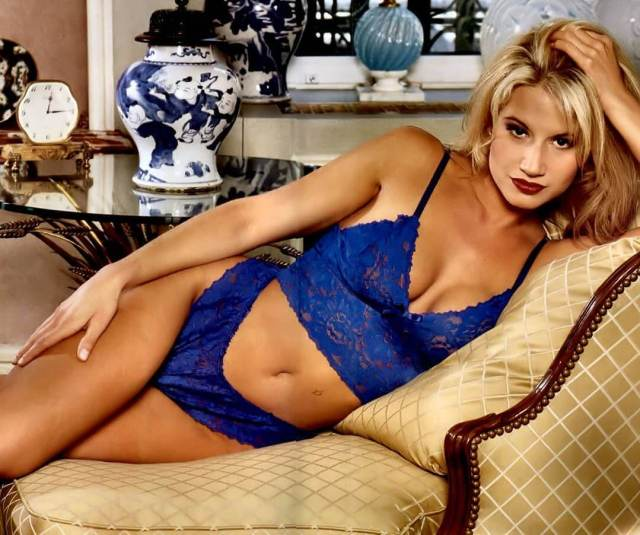 Tammy Lynn Sytch sexy pictures (2)