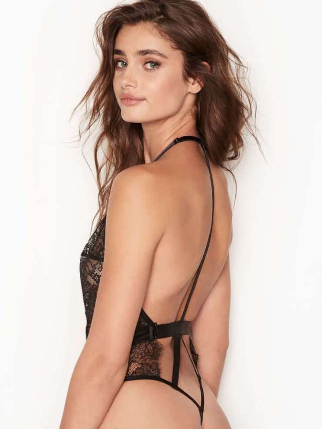 Taylor Marie Hill back