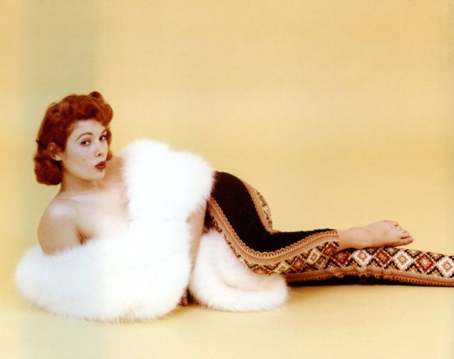 tina louise awesome pic